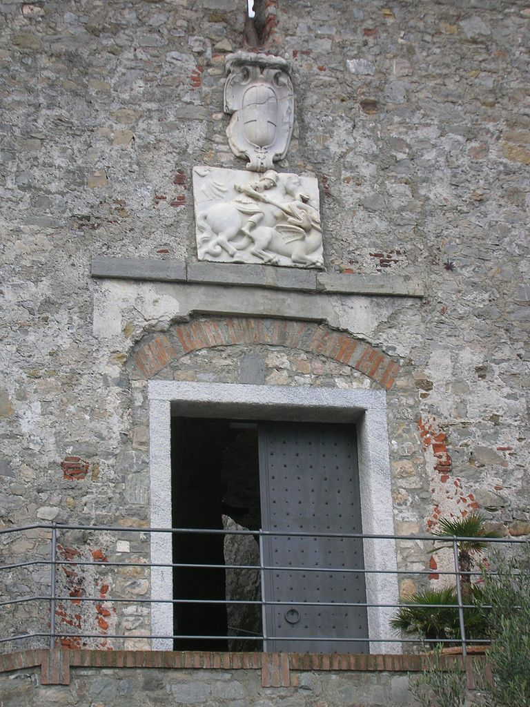 castello san giorgio _ ingresso _ san giorgio che uccide il drago